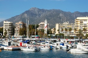 hire a luxury car in marbella