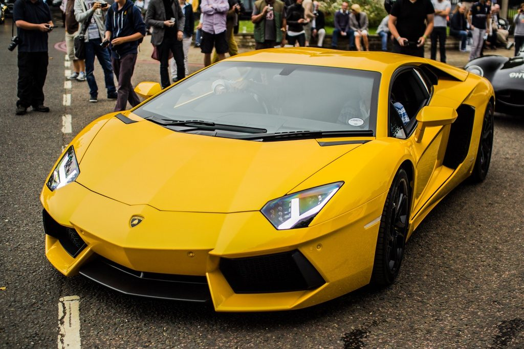 rent lamborghini aventador sv roadster - luxury rental mc