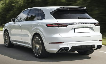 2020-Porsche-Cayenne-Turbo-S-E-Hybrid-and-2020-Porsche-Cayenne-Turbo-S-E-Hybrid